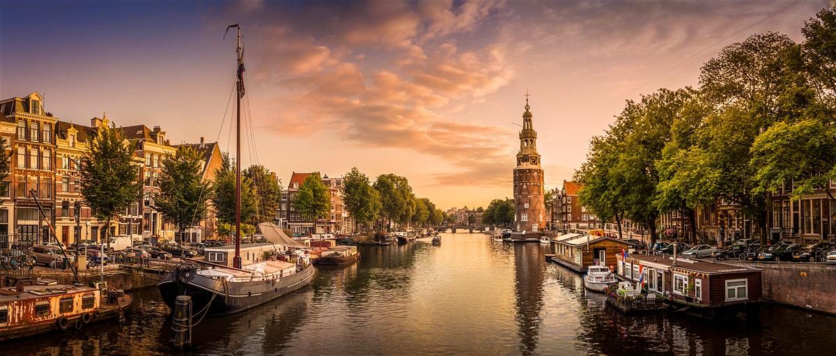 تور پراگ آمستردام بروکسل نیکا گشت